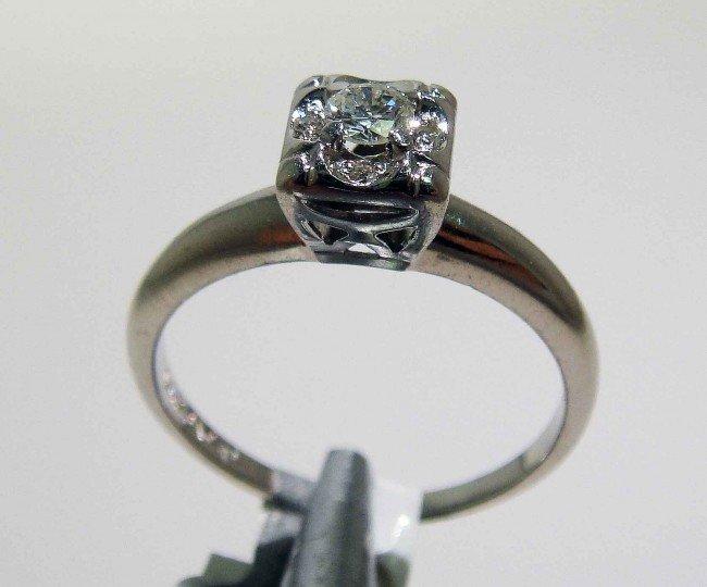 6: 0.19ctw Diamond 14KT White Gold Ring