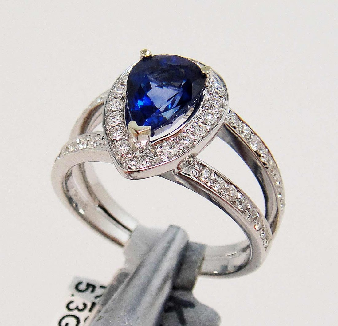 1.95ct Sapphire & 0.43ct Diamond 14KT White Gold Ring