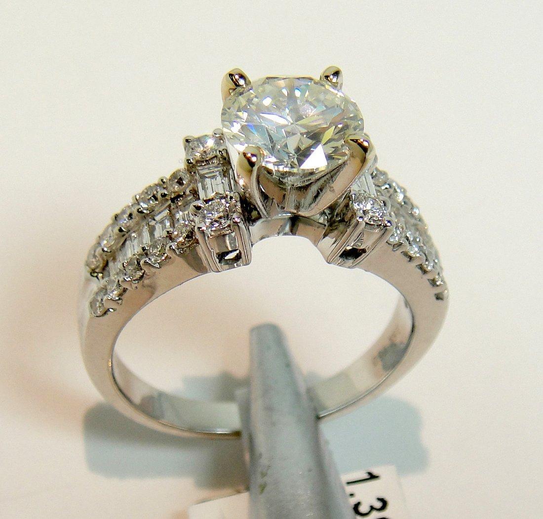 2.20ctw (1.39ct SI1 J CNTR) Diamond 18KT Gold Ring