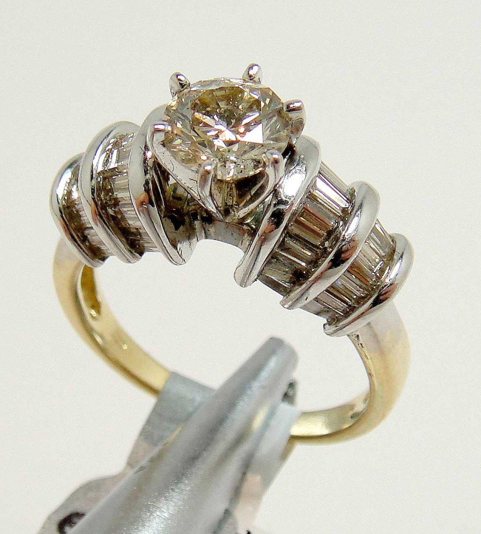 2.01ctw (1.01ct CNTR) Diamond 14KT Gold Ring
