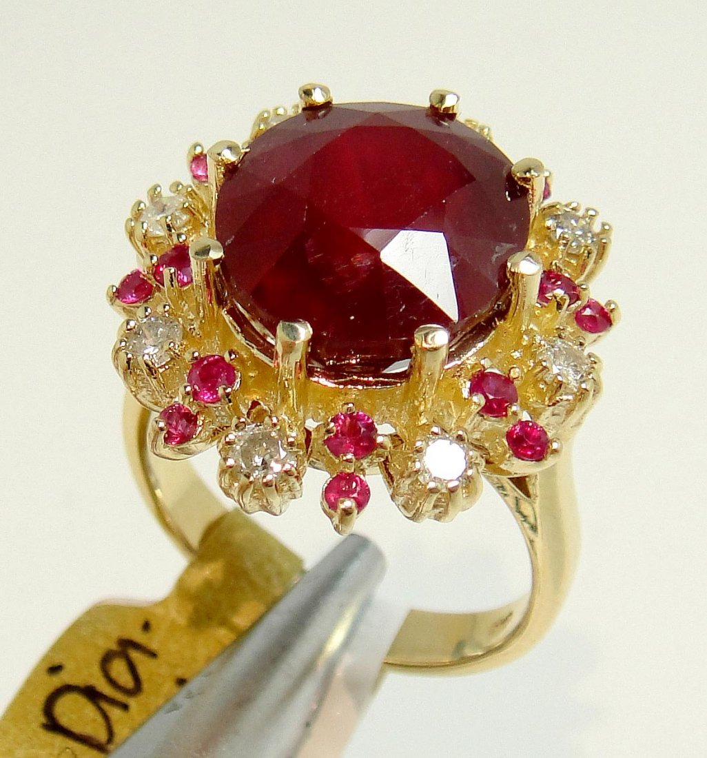10.30ct Ruby & 0.36ct Diamond 14KT Gold Ring