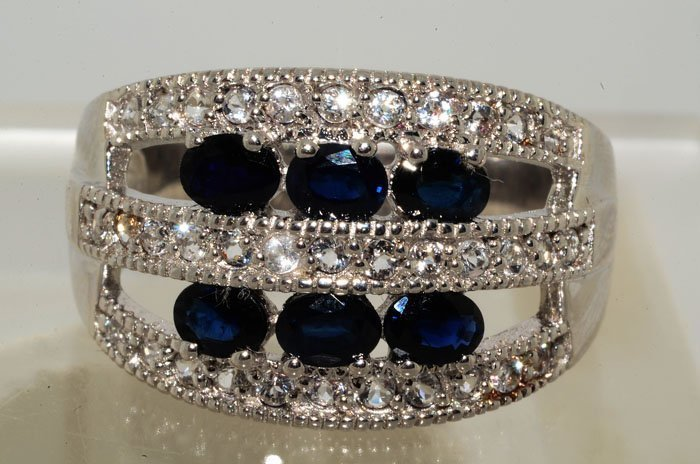 1D: 1.87ct Sapphire & 0.70ct White Topaz Sterling Ring