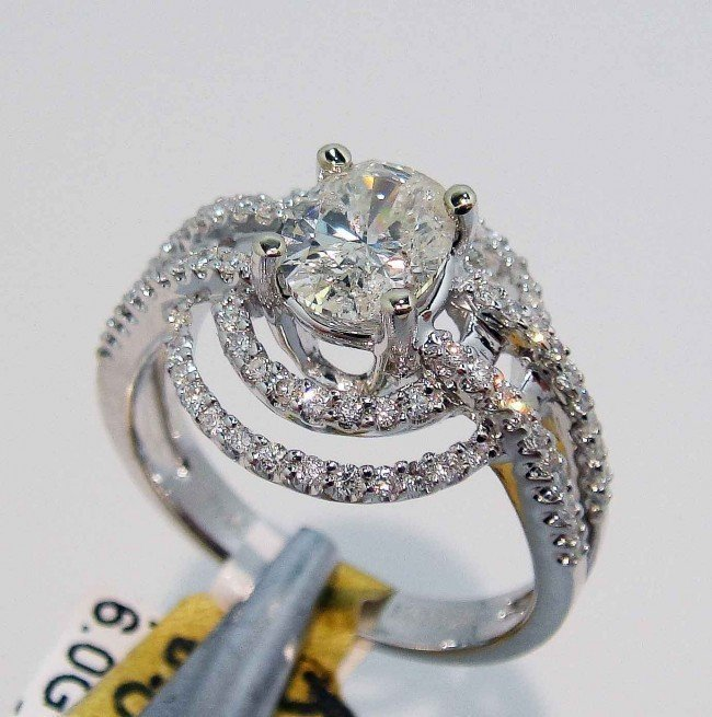 4: 1.44ct (1.00ct CNTR) Diamond 18KT White Gold Ring