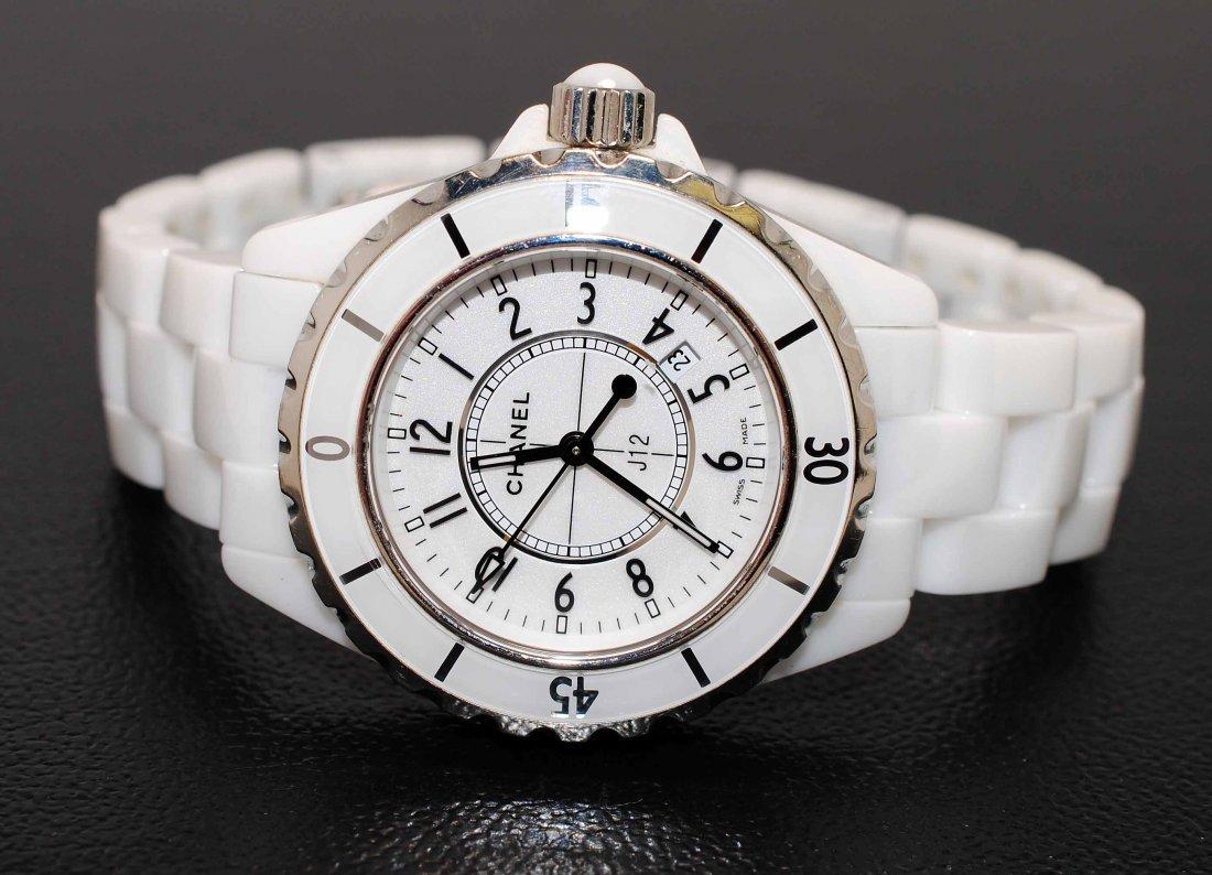 CHANEL White Ceramic J12 Quartz Ladies Wristwatch