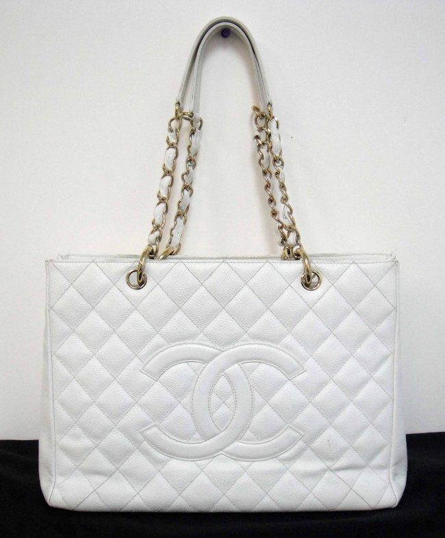 2B: CHANEL White Grand Tote Quilted Shopper Classic
