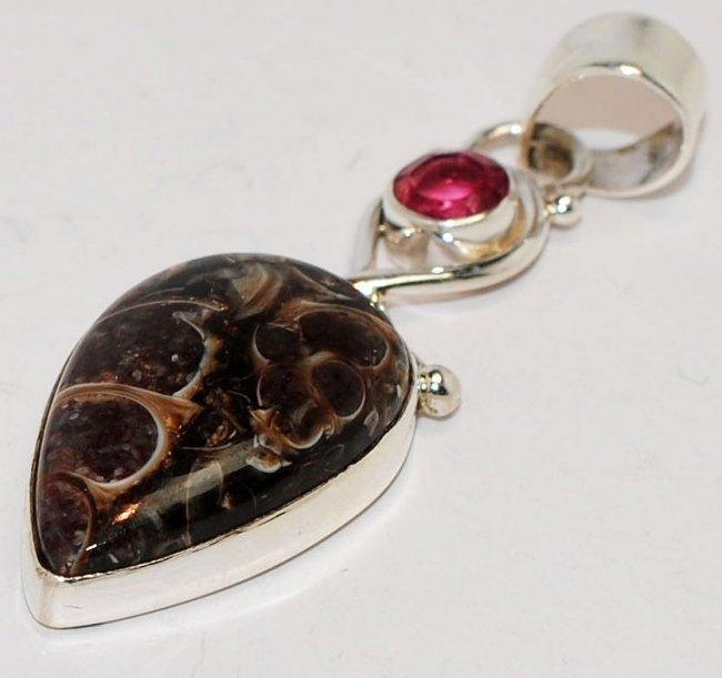 5BA: Turtella Jasper & Garnet .925 Sterling Silver Pend
