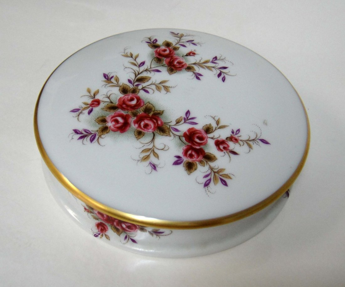 4Z: Limoges France Vintage Porcelain Round Container