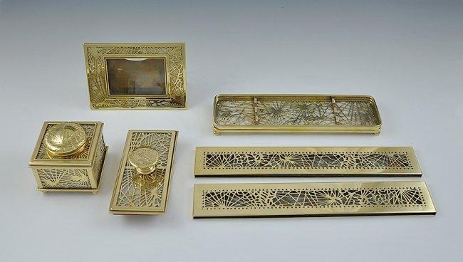 115Z: TIFFANY STUDIOS Bronze Pine Needle & Glass Desk S