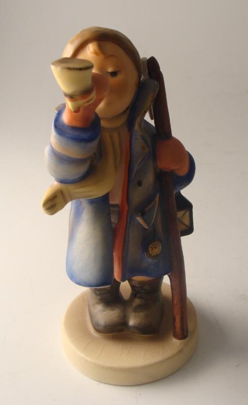 3C: M.J. Hummel Goebel #15/0 Hear Ye, Hear Ye Figurine