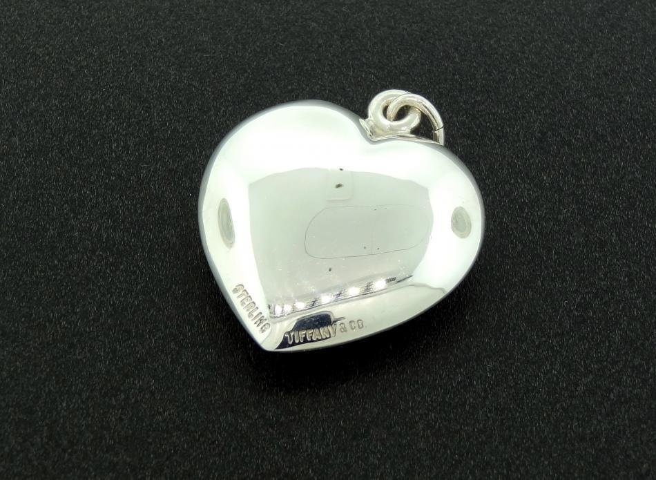 1AB: TIFFANY & Co. Puffed Heart Pendant, Sterling Silve