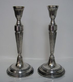 6B: Vintage Silver Plated Pair of Candle Holders 12 x 5
