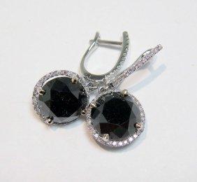 1C: 8.26ct Black & 0.29ct white Diamond 18KT Gold Ear