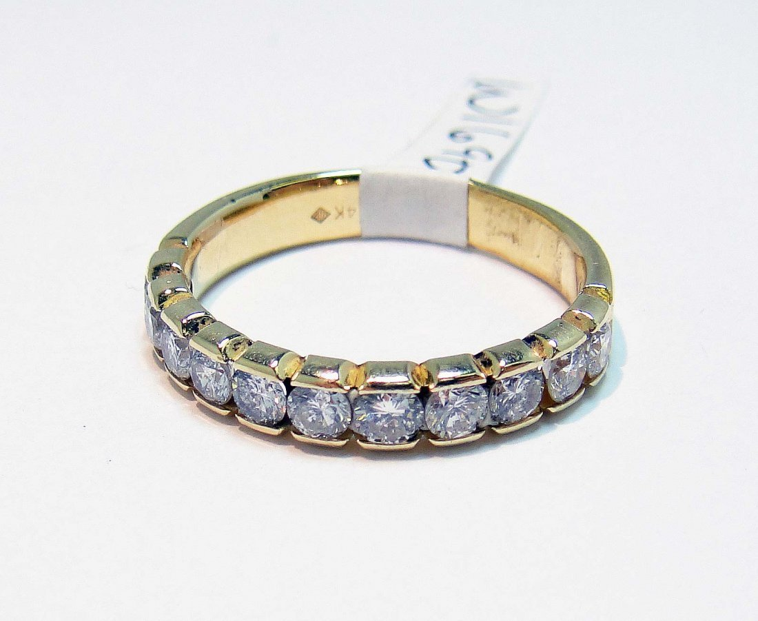 1: 0.95ctw Diamond 14KT Yellow Gold Band Ring