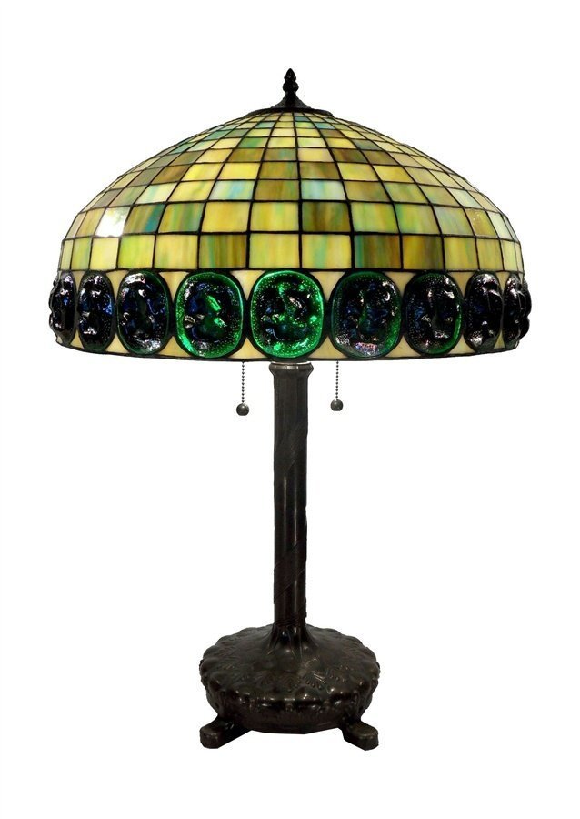 2B: Tiffany Style Turtle Back Table Lamp 19in.