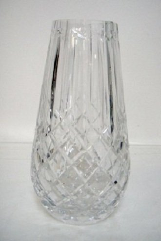 Beautiful Crystal Embossed Flower Vase 9 x 5