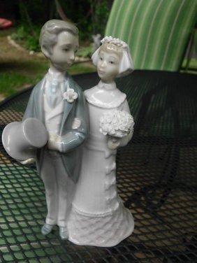 99B Lladro Bride and Groom Wedding Porcelain Stamped
