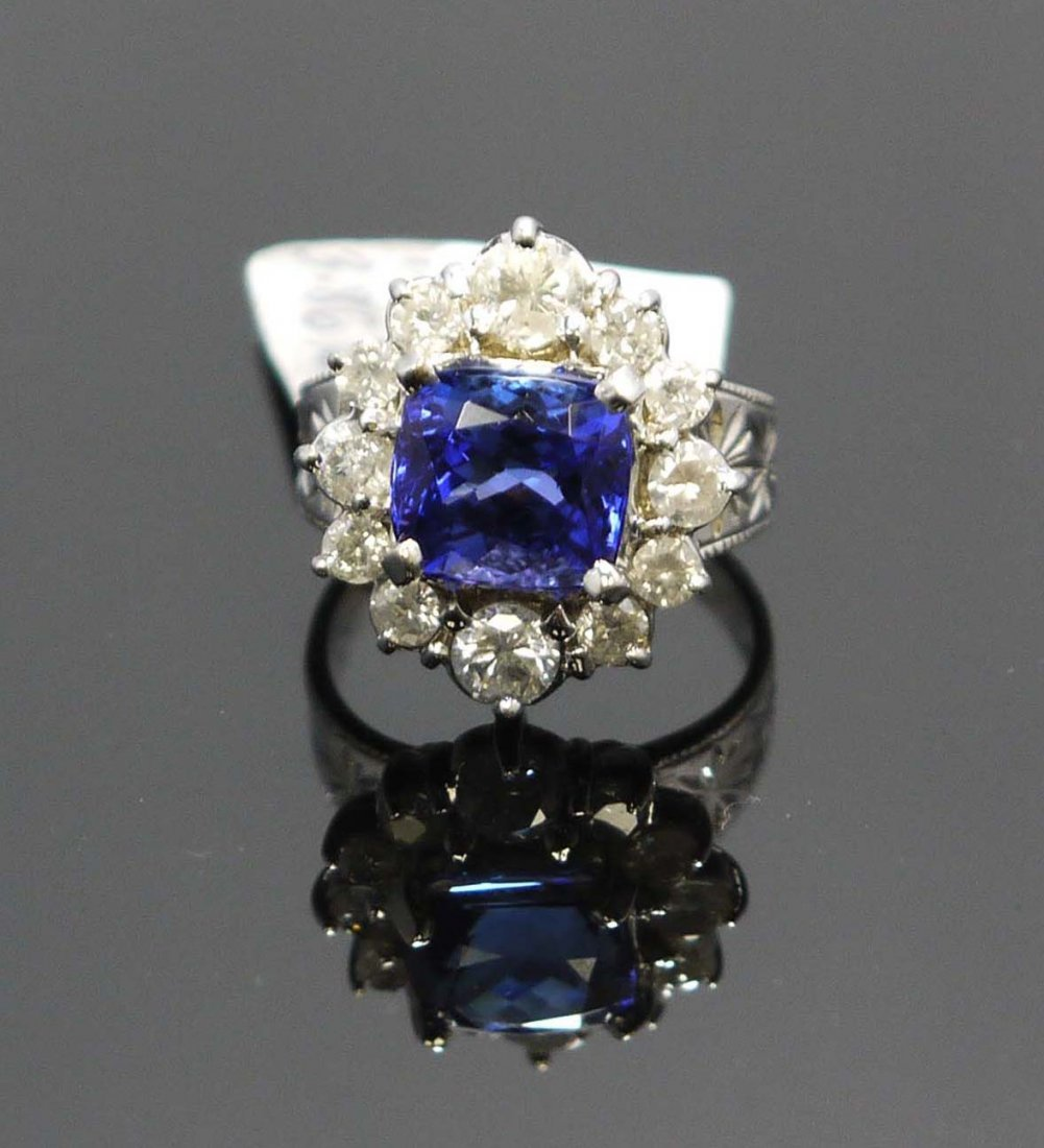 14KT White Gold Ladies Ring with 3.86ct of Tanzanite &