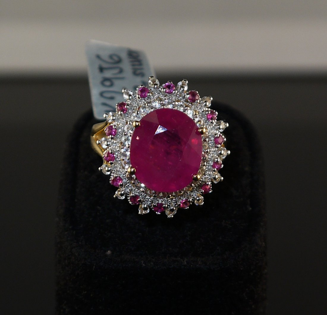 8.85ct Ruby 0.70ct White Sapphire 925 Silver Ring