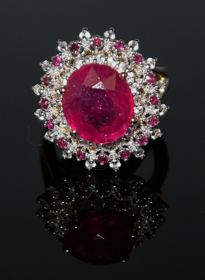 8.46ct Ruby 0.83ct White Sapphire 925 Silver Ring