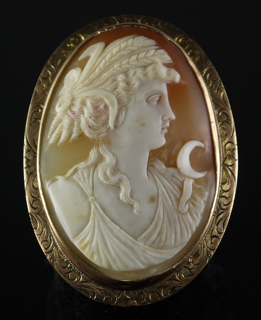 10KT Yellow Gold 23.15gms Vintage Shell Cameo Brooch