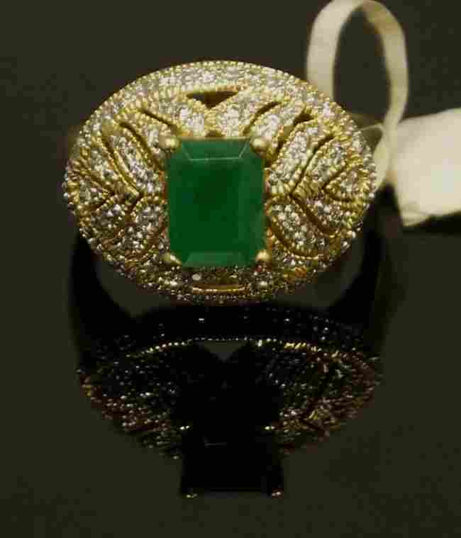 14kt YellowGold 1.82ct Emerald & Diamond Ring W2190