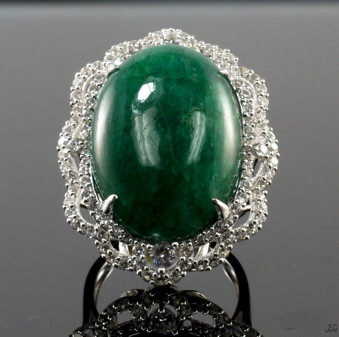 27.01ct Emerald & Sapphire Silver Ring K34J3