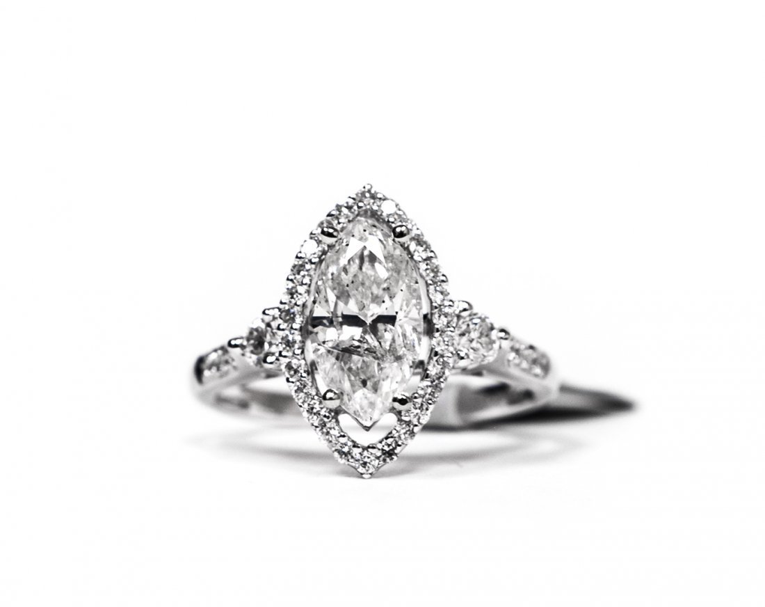 18KT White Gold 1.68ctw Diamond Ring K56E96