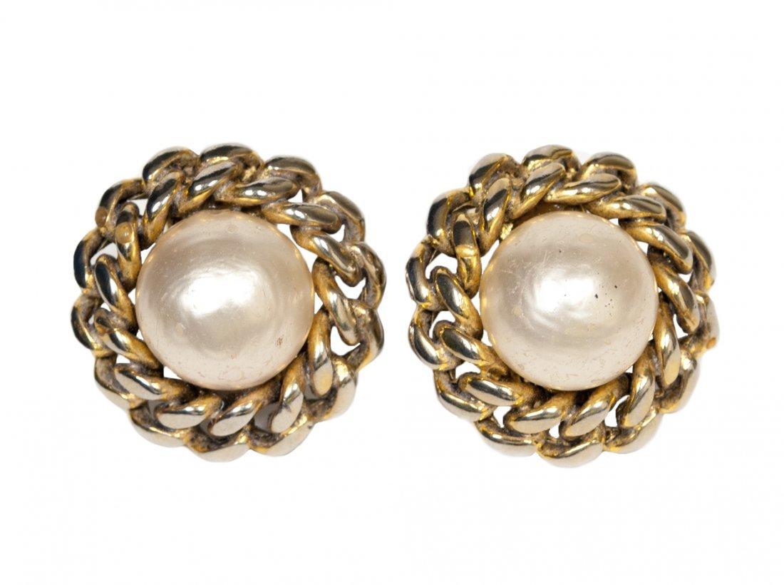 Chanel Earrings W150