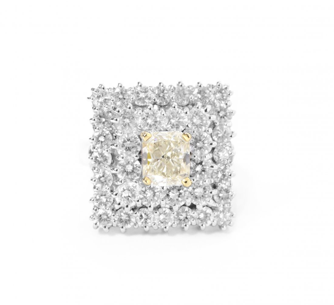 18kt WhiteGold 3.18ctw Diamond Ring W12502