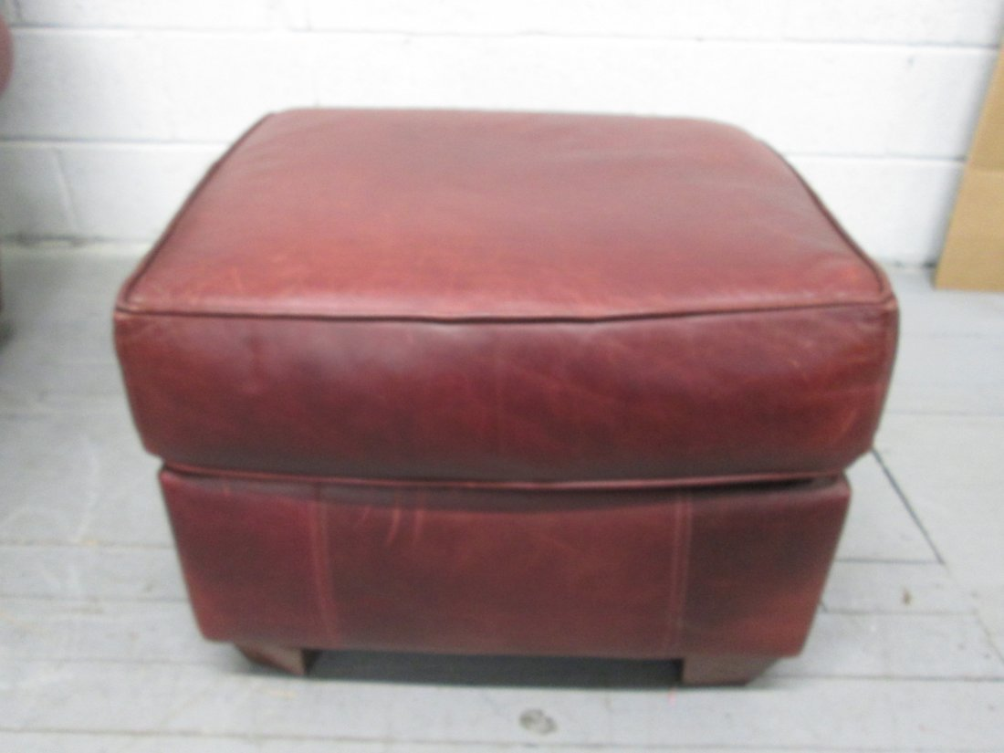 131: Leather Chair & Ottoman by Bauhaus - 3