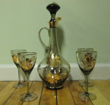 6: Glass Decanter w/ 4 Matching Stemware Glasses