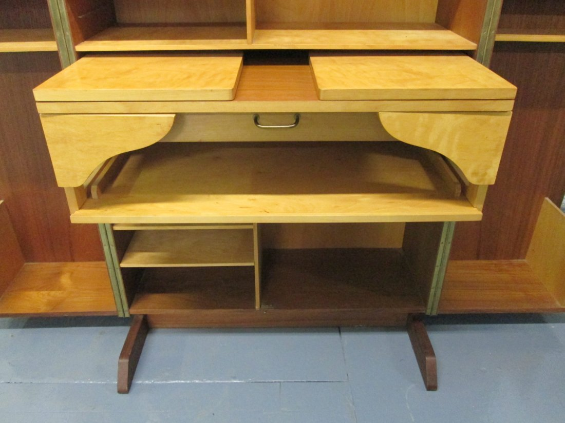 Box Desk by Mummenthaler and Meier - 4