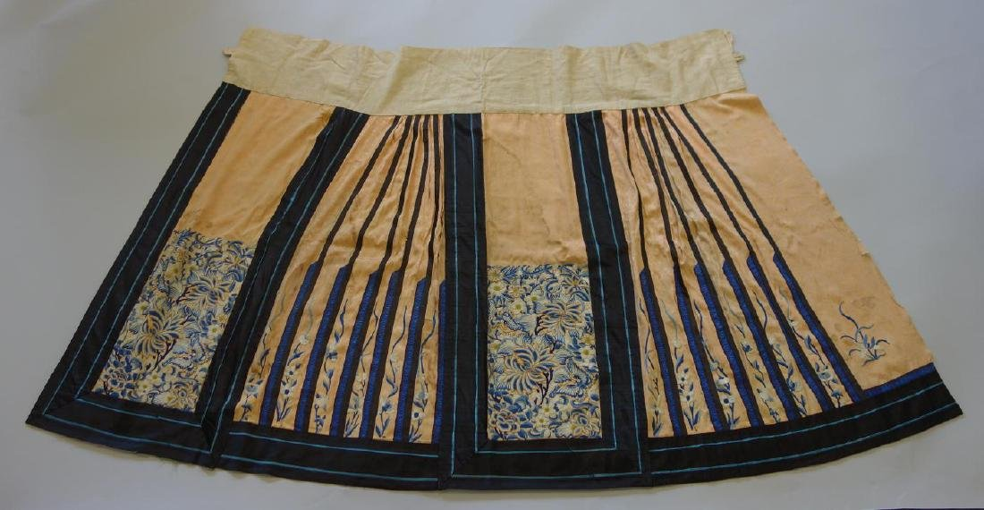 Chinese Embroidered Silk Skirt, Qing / Republic