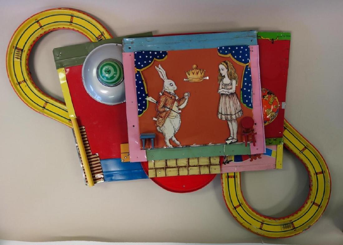Alice In Wonderland, Assemblage Composition