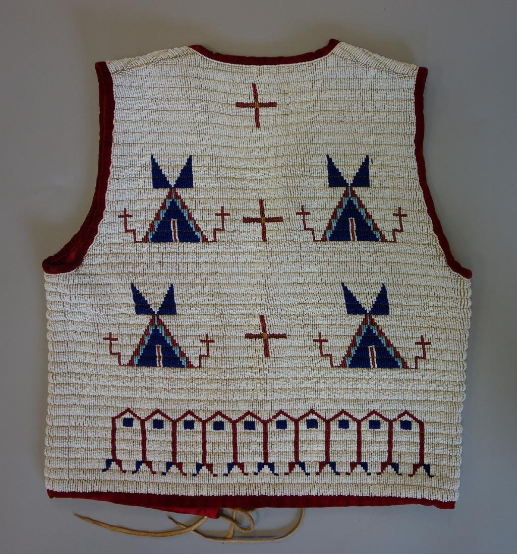 Sioux Beaded Pictorial Vest, Traditional Motif - 3