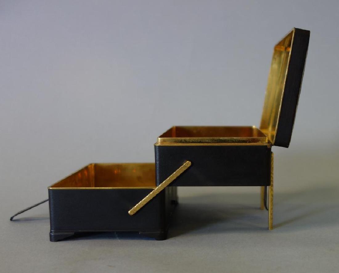 Otojiro Komai Damascene Iron Step-Back Box, Meiji - 3