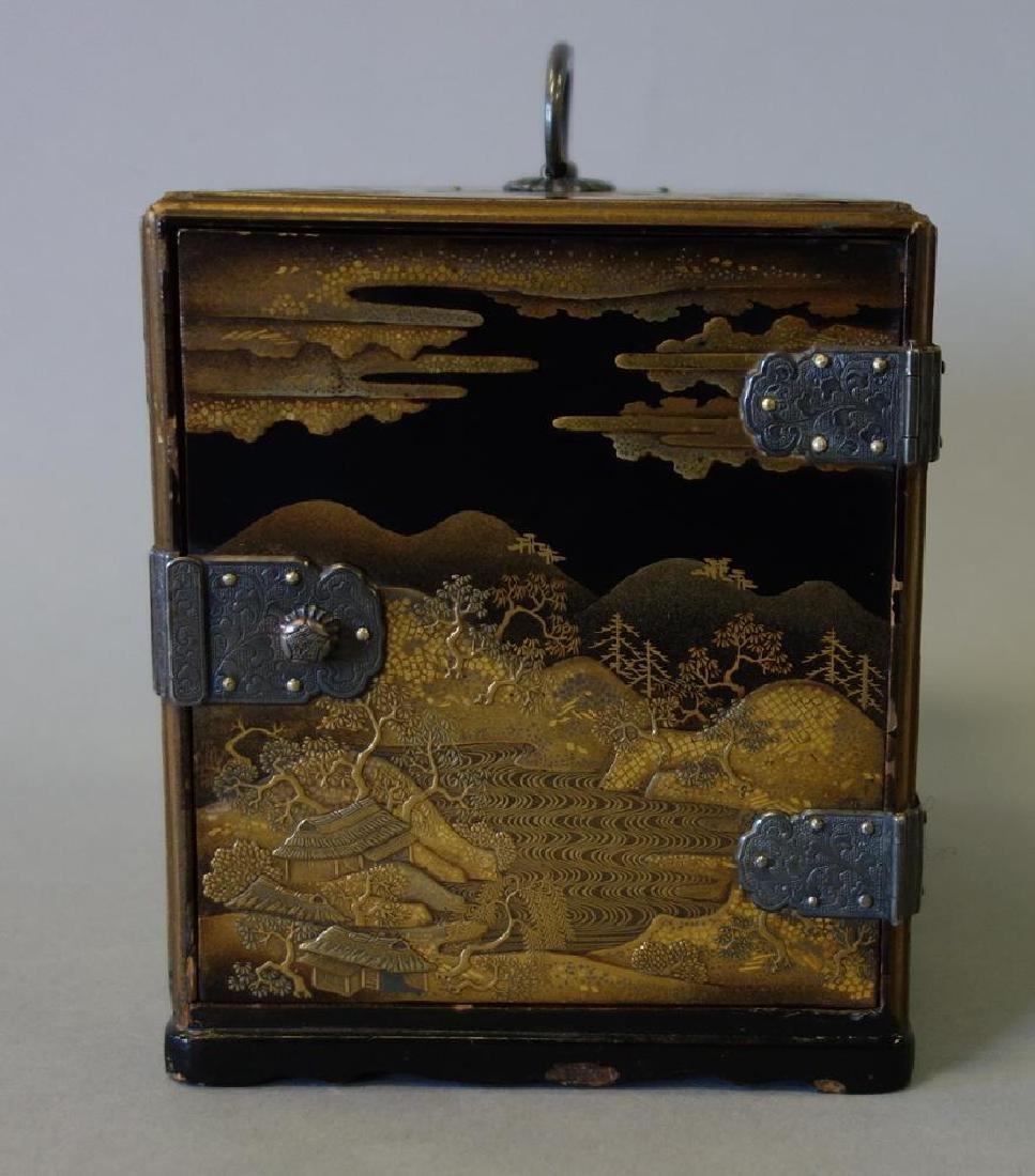 Fine Japanese Lacquer Miniature Cabinet, Meiji - 2