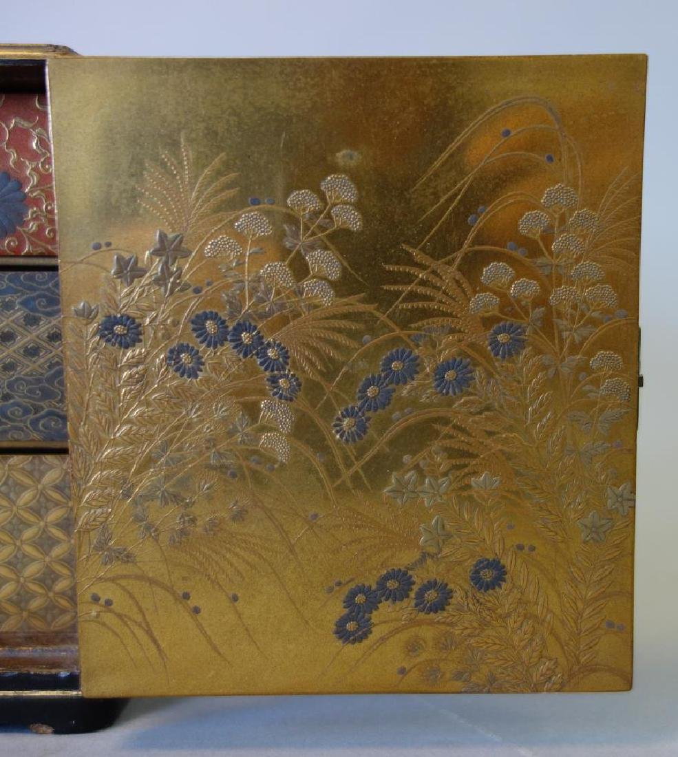 Fine Japanese Lacquer Miniature Cabinet, Meiji - 9