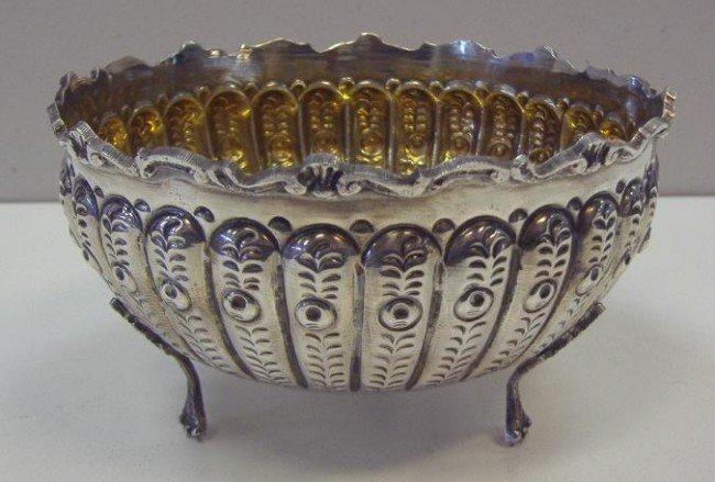 14: 800 Continental Silver Tri-Footed Bowl