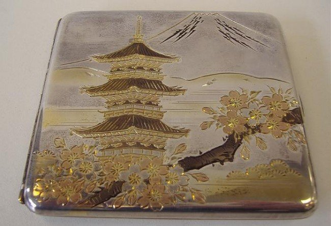 16: 950 Silver & Mixed Metal Cigarette Case