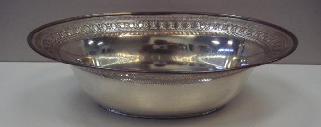 23: Sheffield Silverplated Oval Fruit Bowl