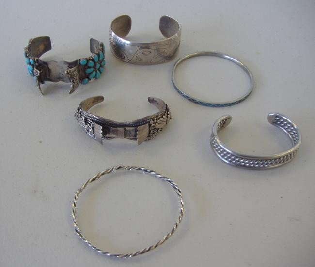 4: 6 Native American Silver & Turquoise Bracelets