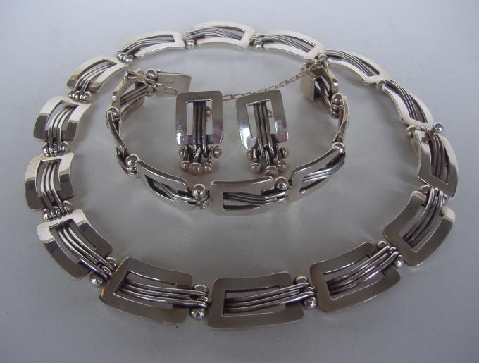 20: Taxco Sterling Necklace Bracelet, Earrings Signed