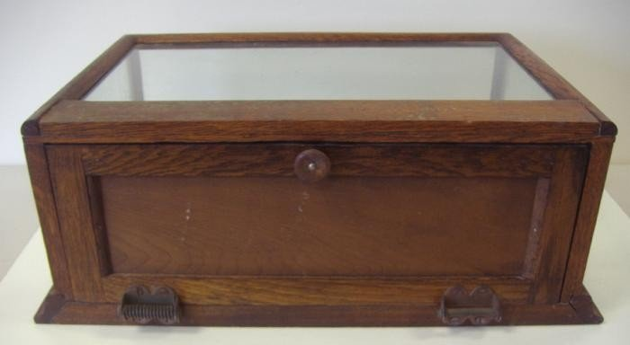 153: Vintage Oak & Glass Table Top Display Case - 3
