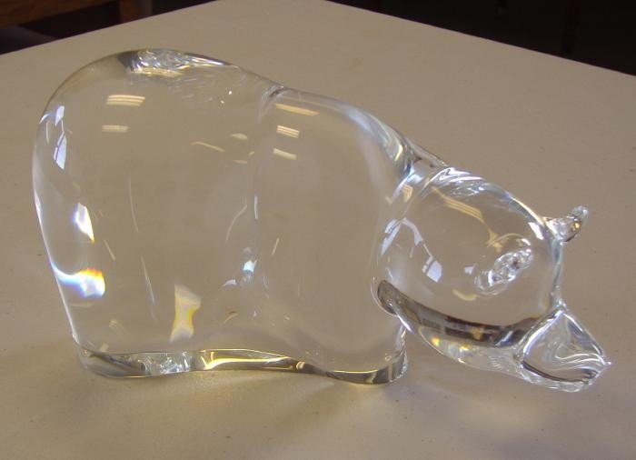 13: Steuben Great Bear Glass Sculpture, style 8739