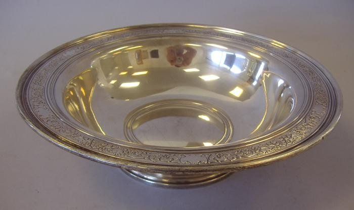 8: Towle Sterling Silver Footed Fruit Bowl