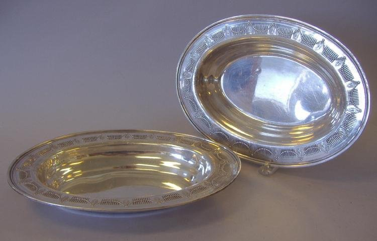 9: 2 Sterling Oval Serving Bowls, Frank M. Whiting