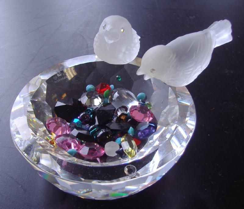 22: Swarovski Cut Crystal Bird Bath & Colored Crystals
