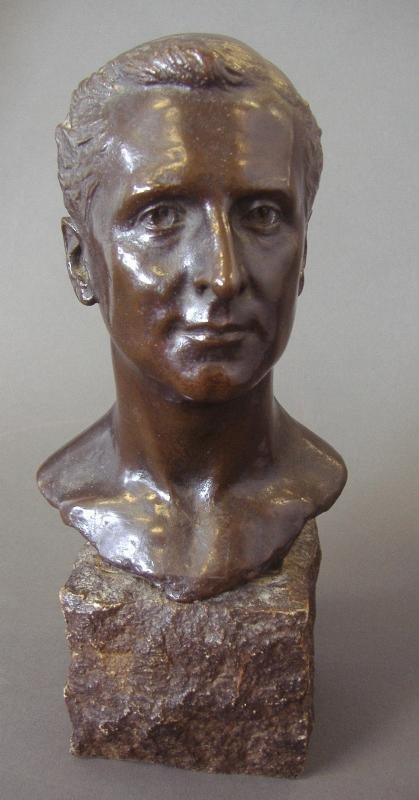 17: Andrea Carlo Lucchesi, Male Bronze, Edward VIII