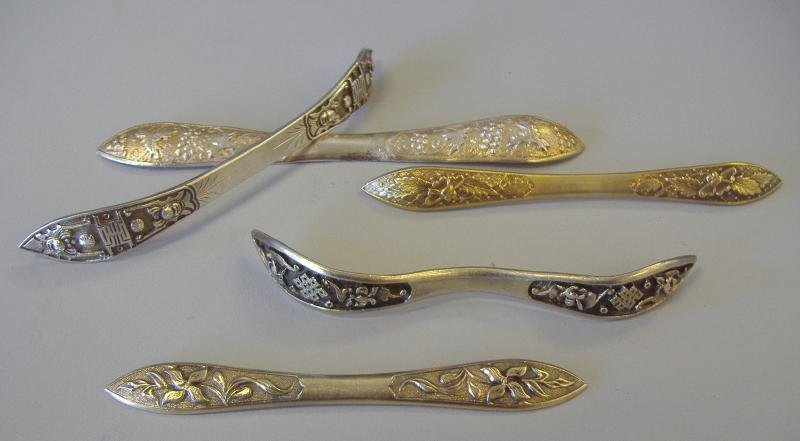 10: 5 Chinese Export Silver Hairpins, signed